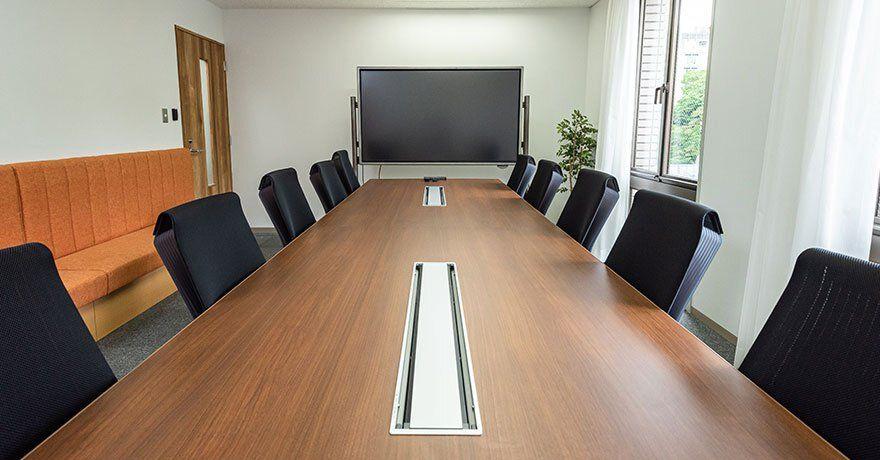 KIYOラーニングの会議室